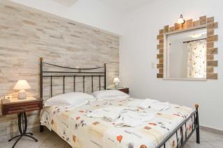 basement family apartment antonia-01
