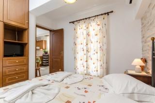 basement family apartment antonia-03