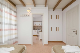 top family apartment antonia-03